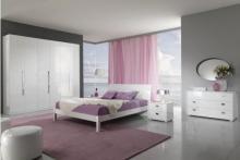 Divertirsi con i colori per una camera da letto moderna
