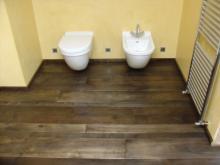 Parquet in bagno: originialità anche per il bagno